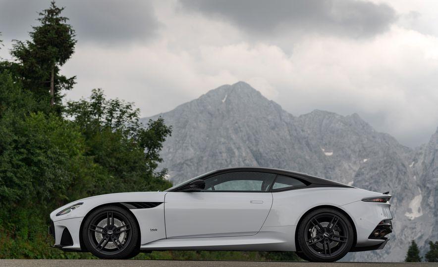 2019 Aston Martin DBS Superleggera - Slide 115