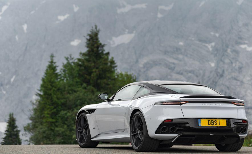 2019 Aston Martin DBS Superleggera - Slide 116