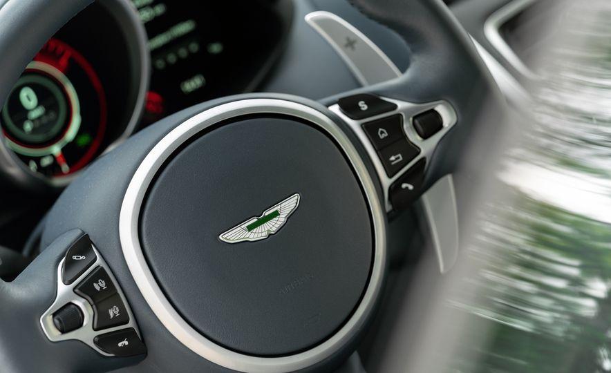 2019 Aston Martin DBS Superleggera - Slide 130
