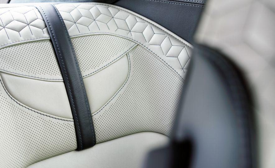 2019 Aston Martin DBS Superleggera - Slide 139