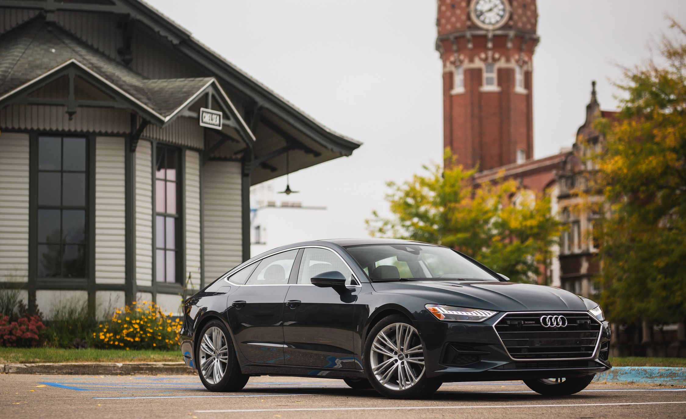 Audi A7 Reviews Audi A7 Price s and Specs
