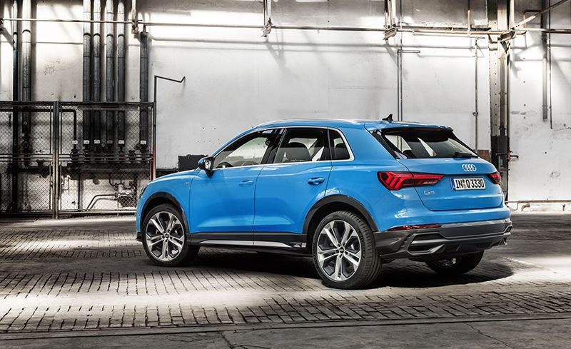2019 Audi Q3 Reviews Audi Q3 Price Photos And Specs Car And Driver