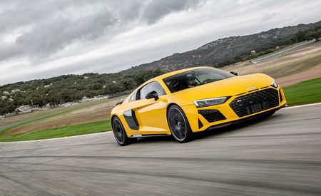 The 2019 Audi R8 Is a 600-HP Wallflower among Supercars