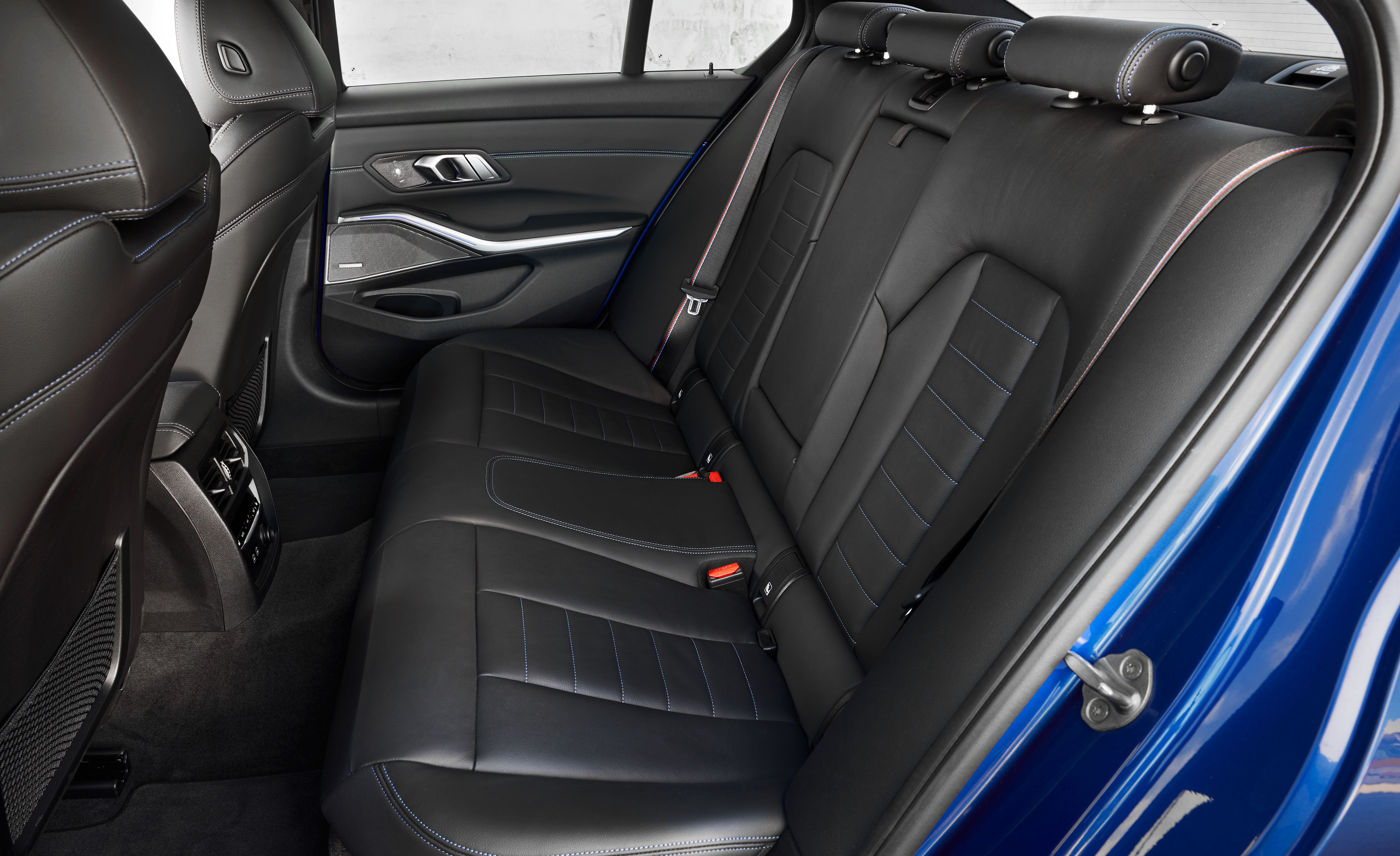 bmw 3 series manual seat adjustment