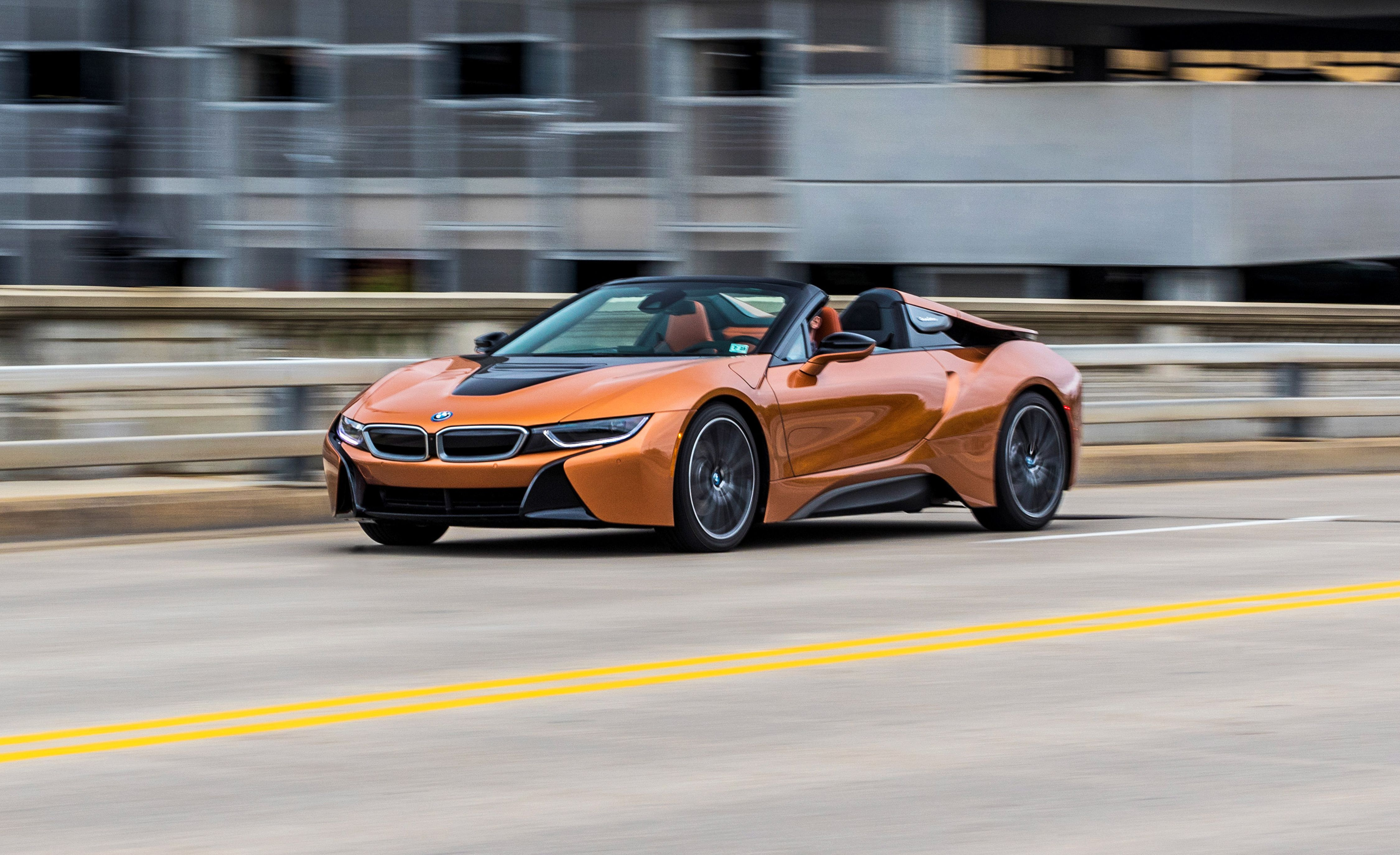 2019 Bmw I8 Roadster Makes A Showier High Tech Showpiece