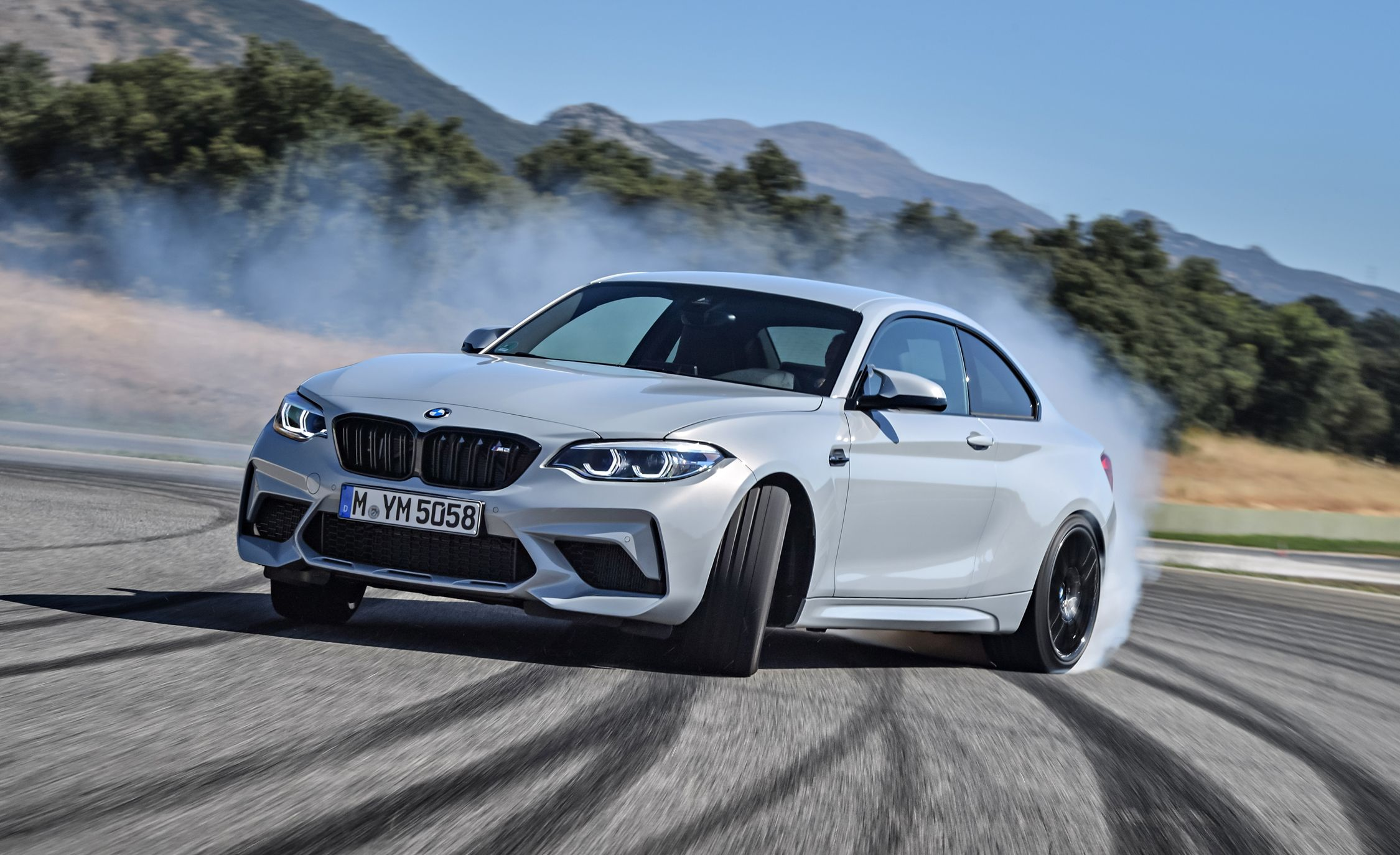 2019 BMW M2 Competition - Slide 10