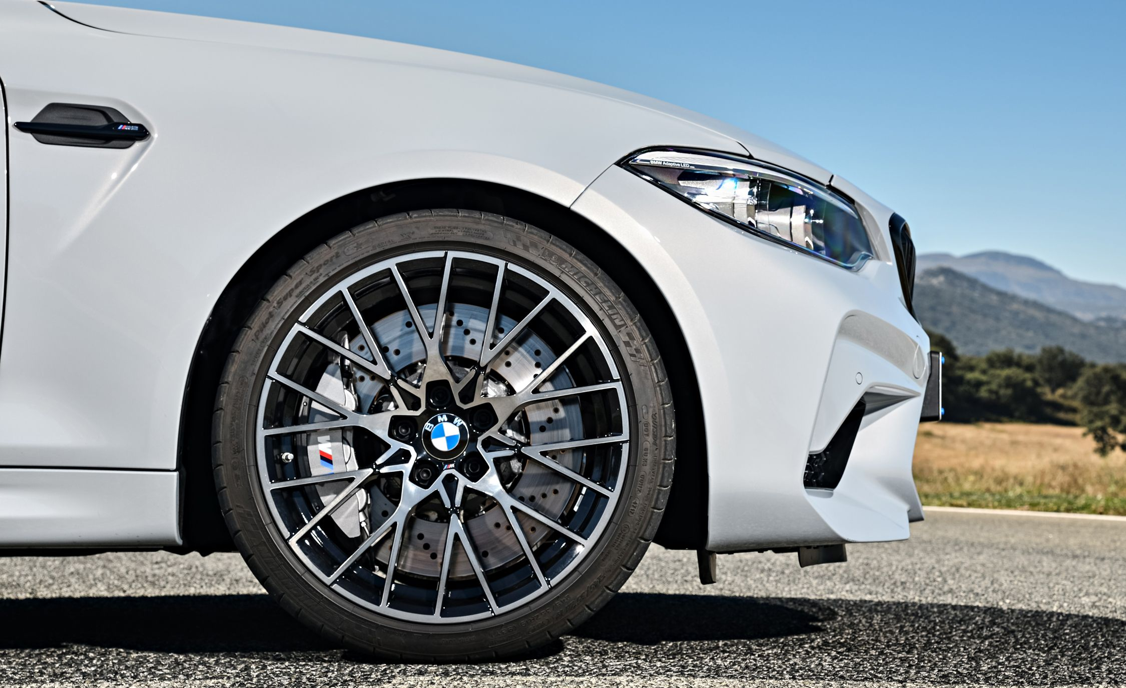 2019 BMW M2 Competition - Slide 33
