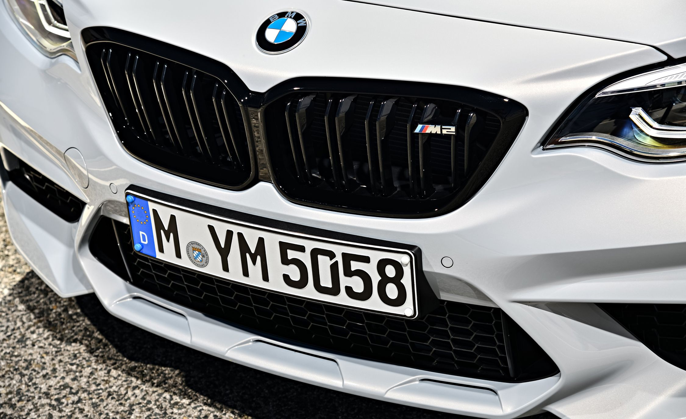 2019 BMW M2 Competition - Slide 34