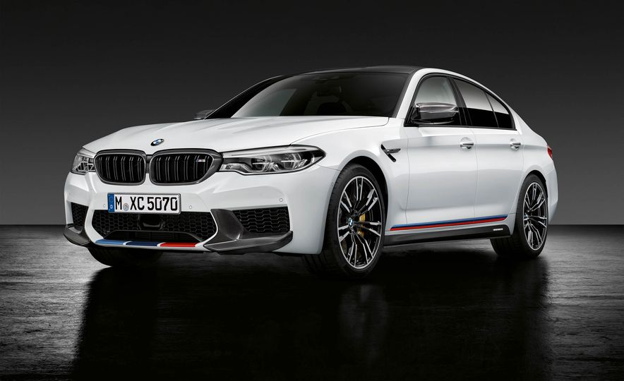 2019 BMW M5 Competition - Slide 2