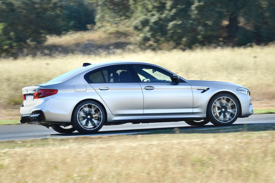 2019 BMW M5 Competition - Slide 14