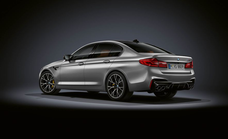 2019 BMW M5 Competition - Slide 25
