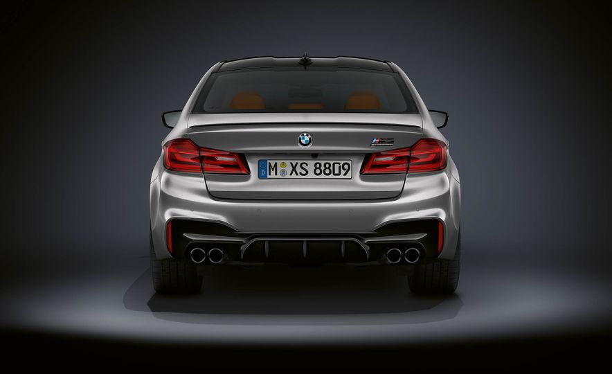 2019 BMW M5 Competition - Slide 26