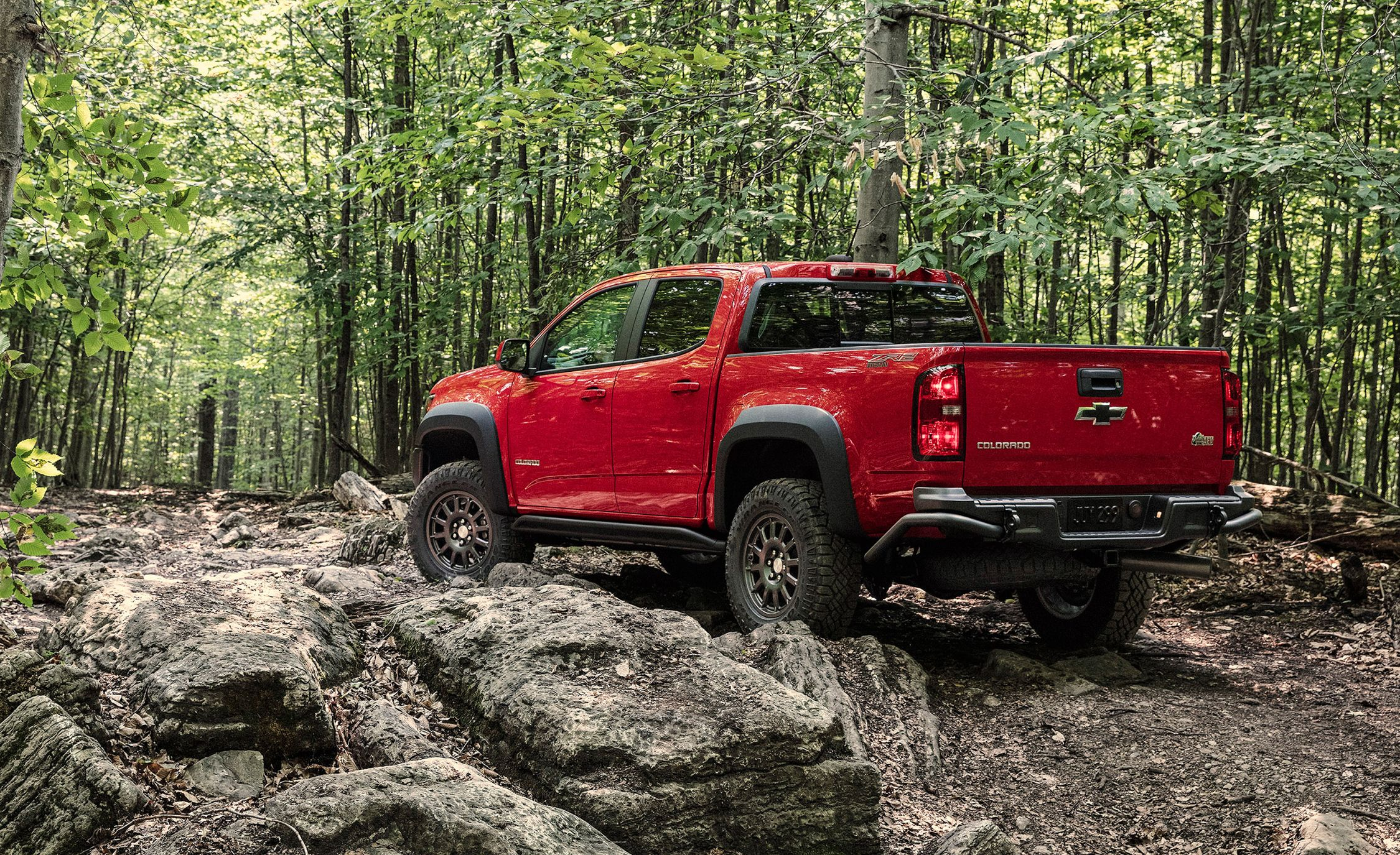 Chevrolet's Colorado ZR2 Bison Is Ready to Take On the Ford Ranger Raptor