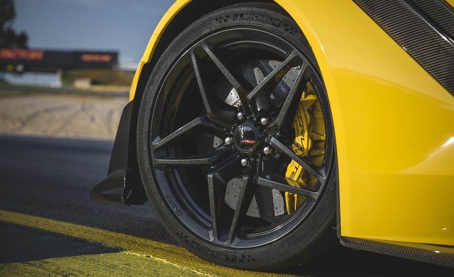 The Speed Secrets of the 755-HP 2019 Chevrolet Corvette ZR1 - Slide 9
