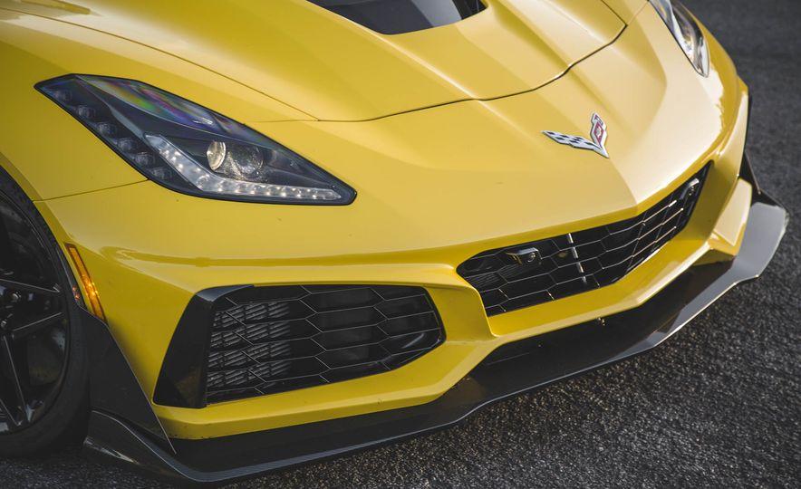 The Speed Secrets of the 755-HP 2019 Chevrolet Corvette ZR1 - Slide 4