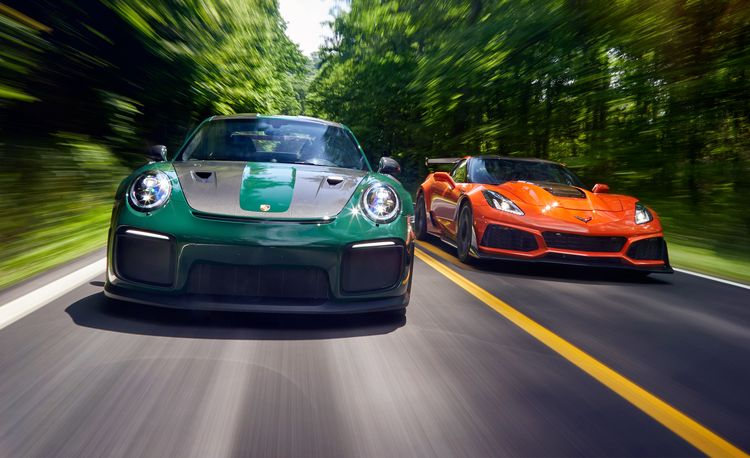 2019 Chevrolet Corvette ZR1 vs. 2018 Porsche 911 GT2 RS