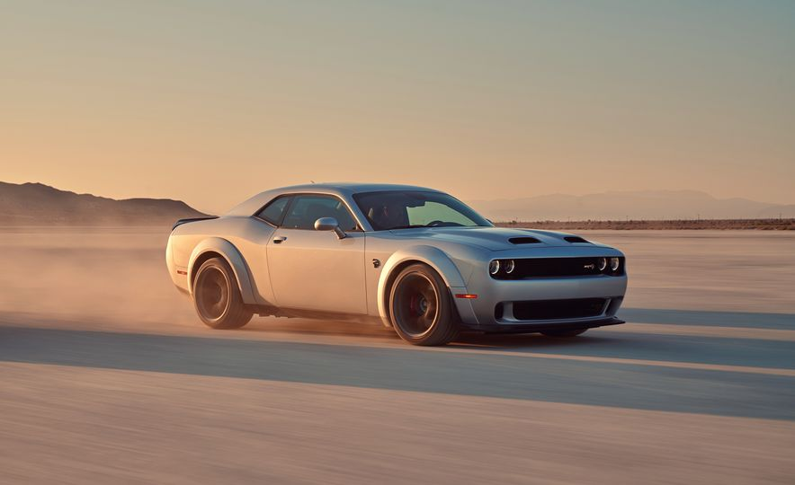 2019 Dodge Challenger SRT Hellcat Redeye Widebody and 2019 Dodge Challenger SRT Hellcat Widebody - Slide 2