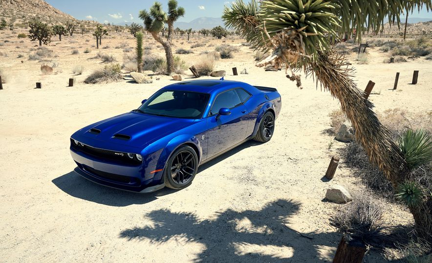 2019 Dodge Challenger SRT Hellcat Redeye Widebody and 2019 Dodge Challenger SRT Hellcat Widebody - Slide 28