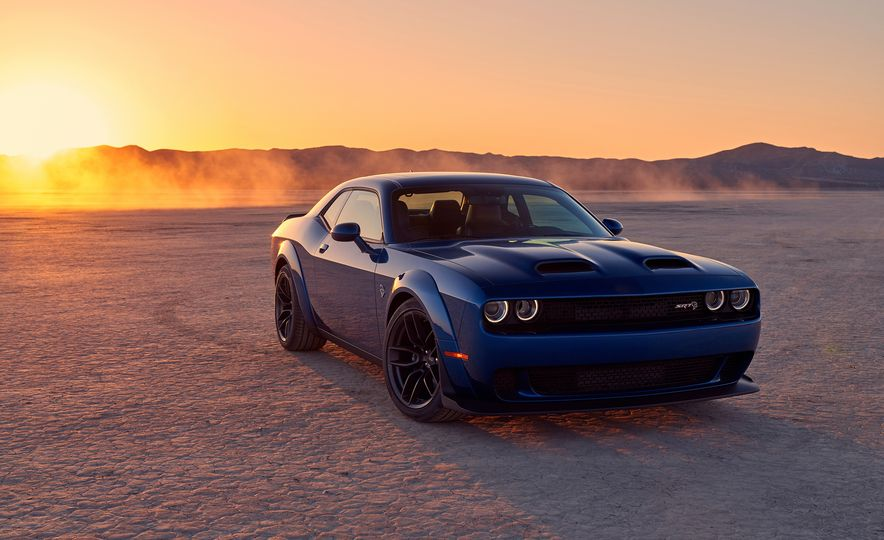 2019 Dodge Challenger SRT Hellcat Redeye Widebody and 2019 Dodge Challenger SRT Hellcat Widebody - Slide 32