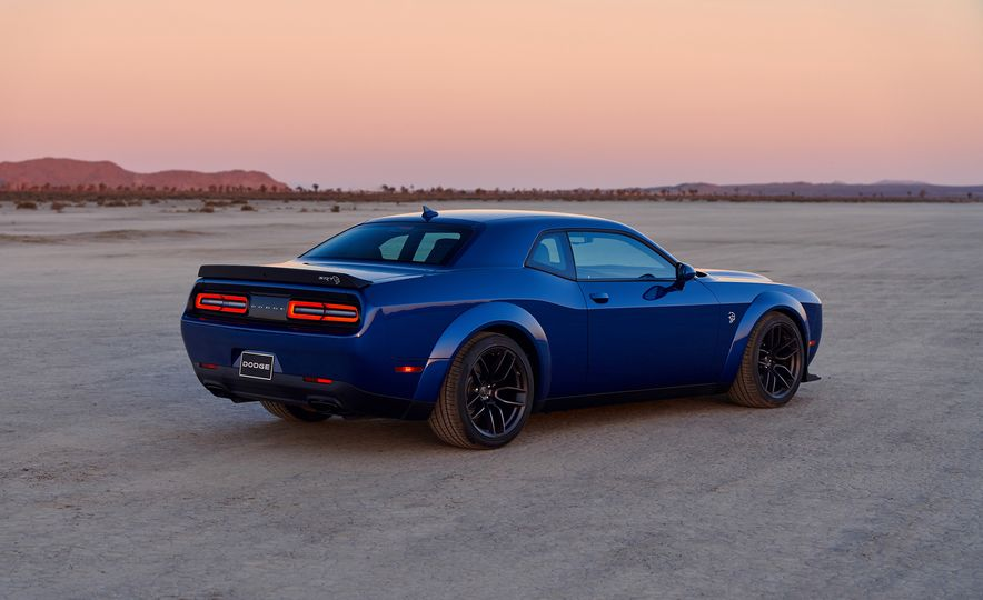 2019 Dodge Challenger SRT Hellcat Redeye Widebody and 2019 Dodge Challenger SRT Hellcat Widebody - Slide 33