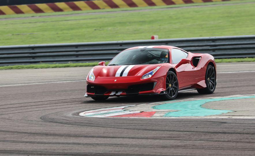 2019 Ferrari 488 Pista - Slide 16