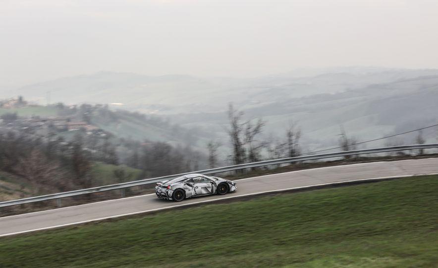 2019 Ferrari 488 Pista - Slide 41