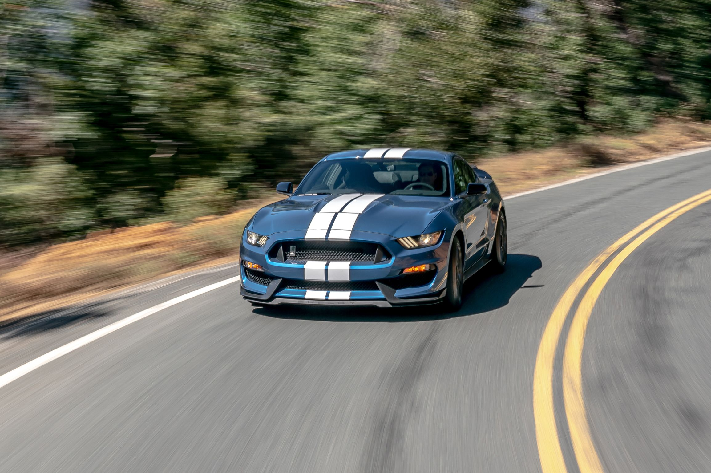 2019 ford mustang shelby gt350 comparison 101 1569444849