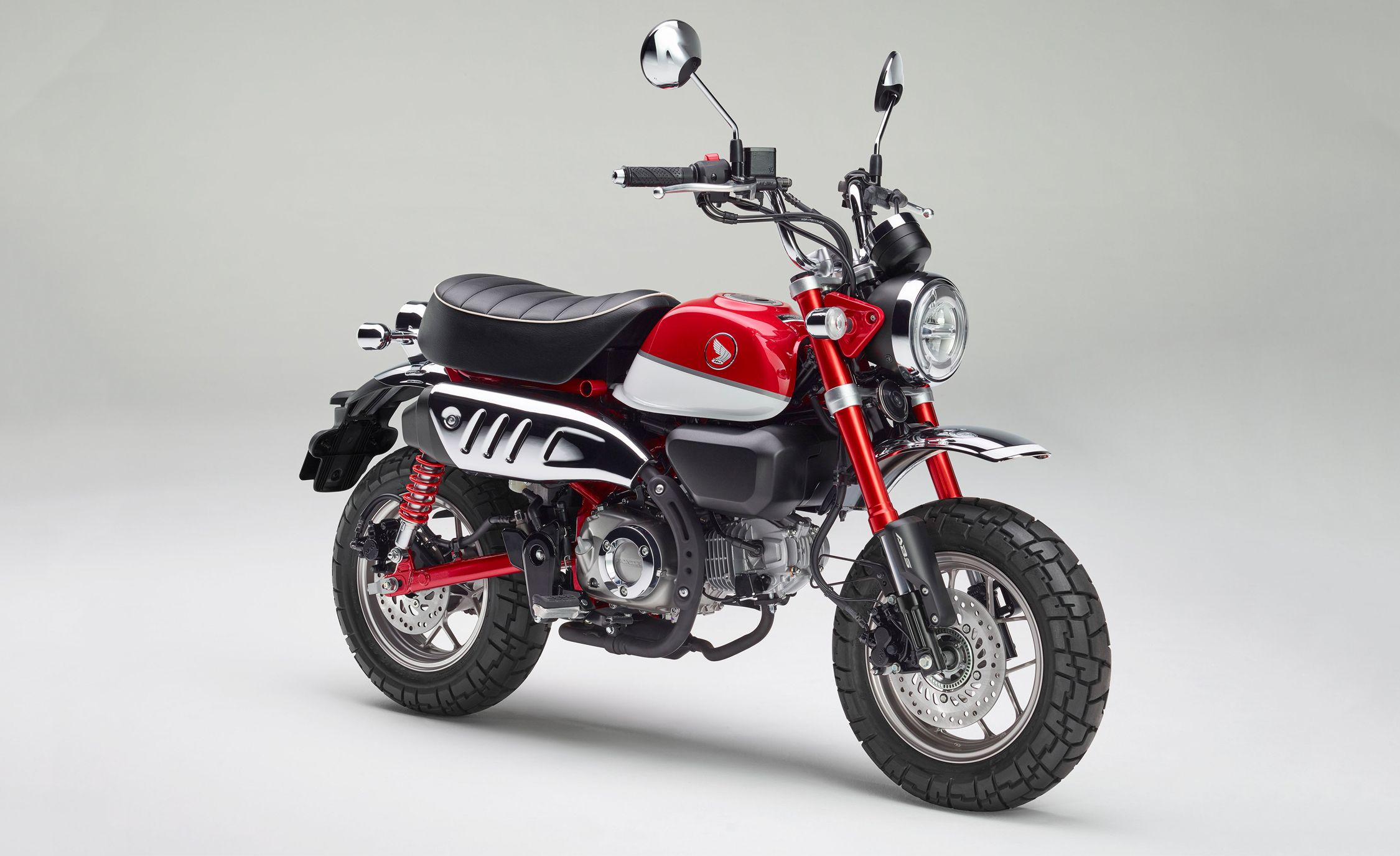 Used Honda Motorcycles >> Honda Is Bringing Super Cub and Monkey Motorcycles Back to the U.S. | News | Car and Driver