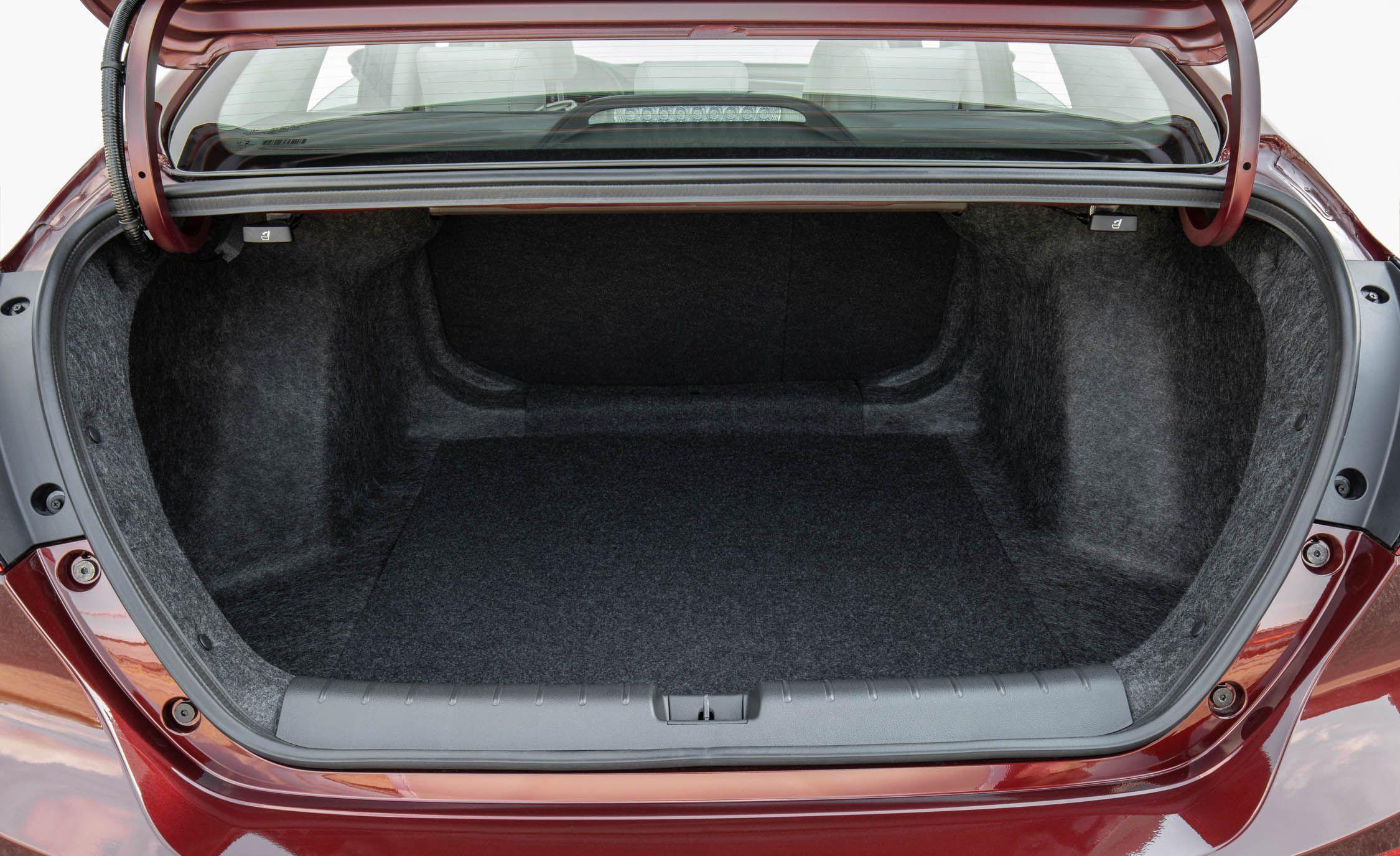 2019 Honda Insight Reviews Price Photos And Specs Car Driver