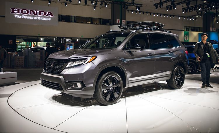 The 2019 Honda Passport Is the Two-Row Mid-Size SUV Honda Has Sorely Lacked