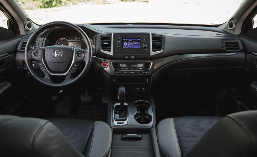 2019 Honda Ridgeline  - Slide 26