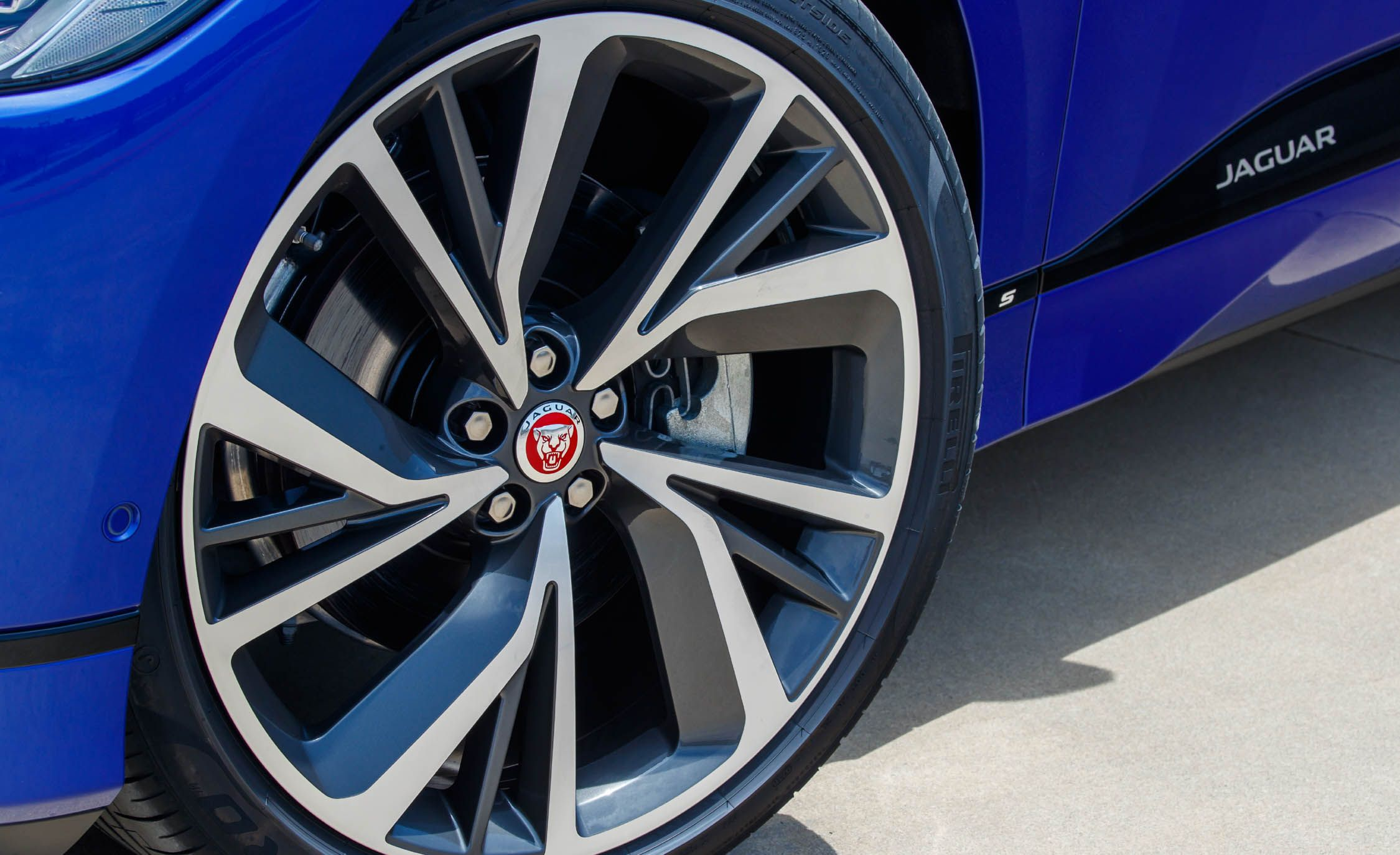 Jaguar I Pace Reviews Price Photos And Specs Car Alfa 156 Wiper Motor Wiring Diagram Driver