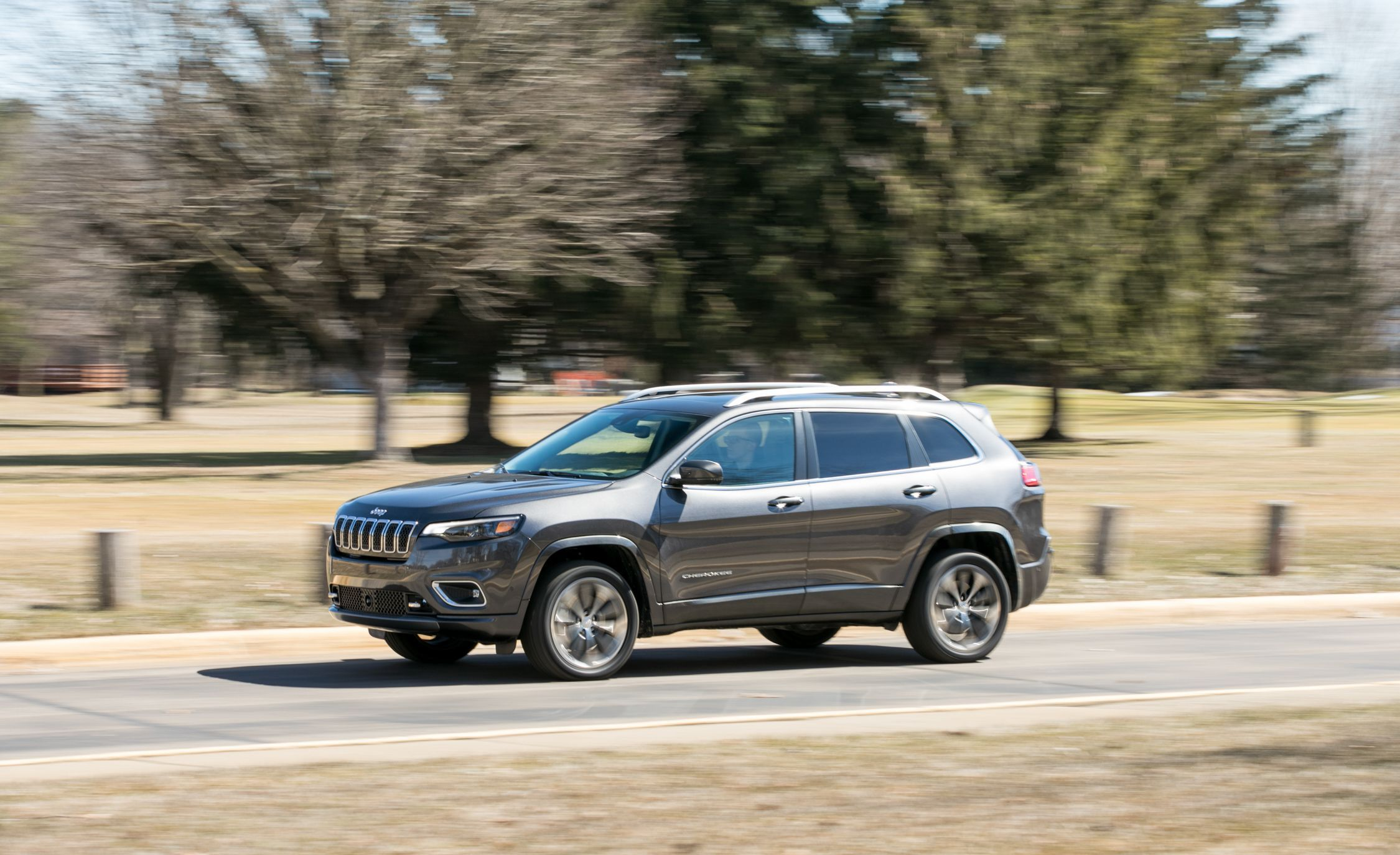 2019 Jeep Cherokee Reviews Jeep Cherokee Price Photos And Specs