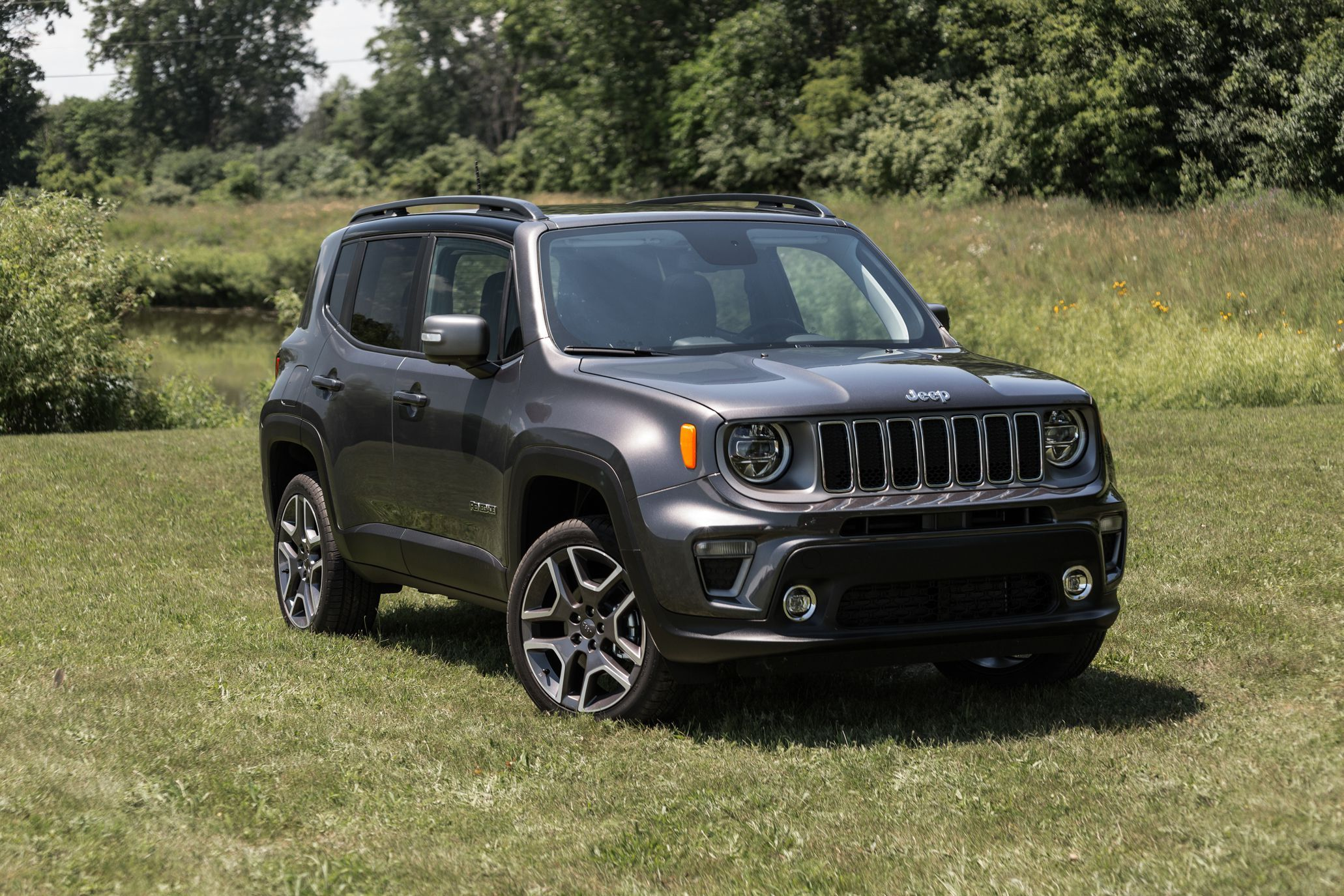 2019 Jeep Renegade Gets Better Looks More Features And A New Engine