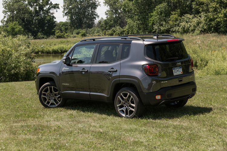 2019 Jeep Renegade Gets Better Looks, More Features and a New Engine