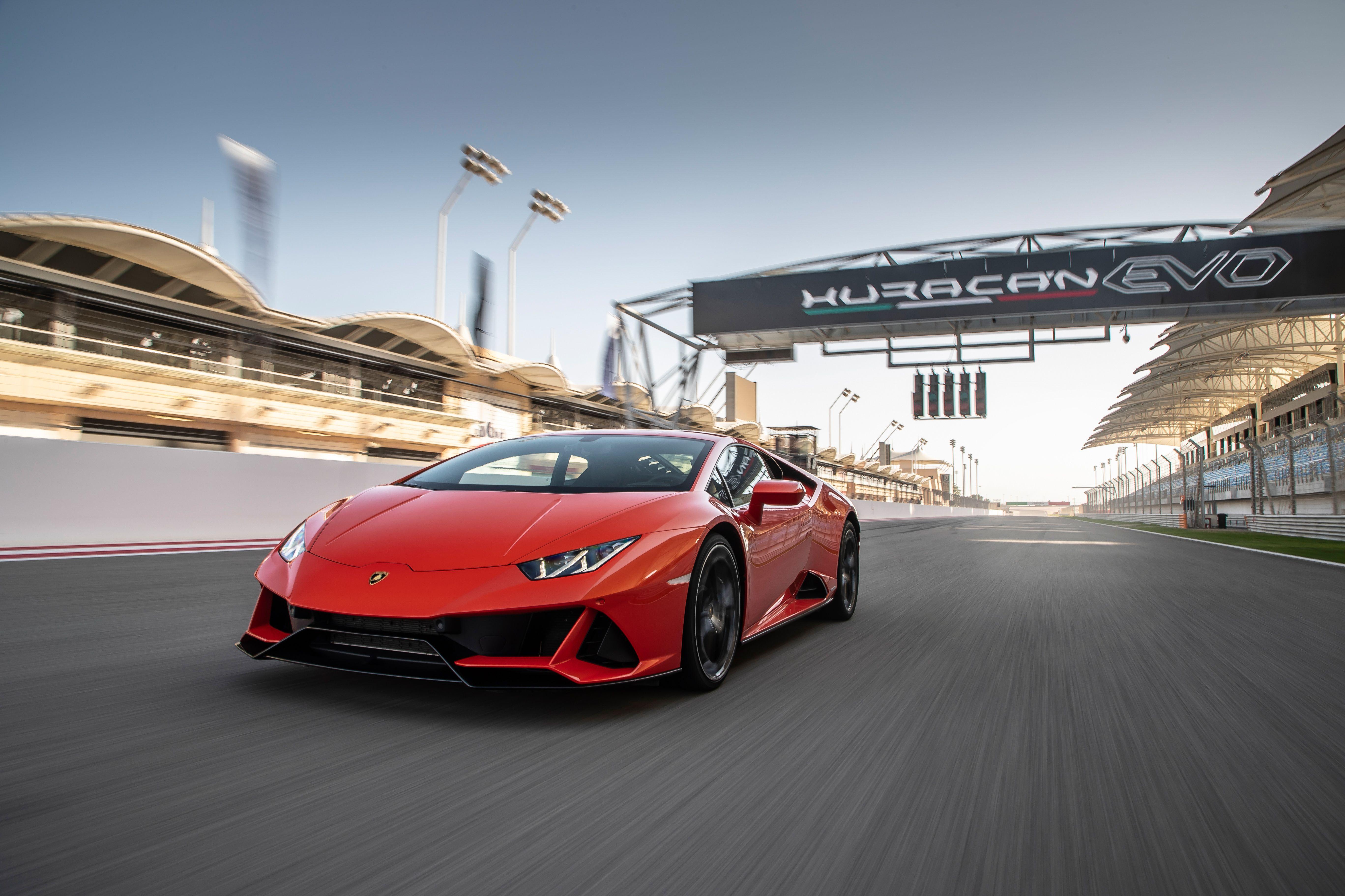 2020 Lamborghini Huracan Reviews Lamborghini Huracan Price Photos