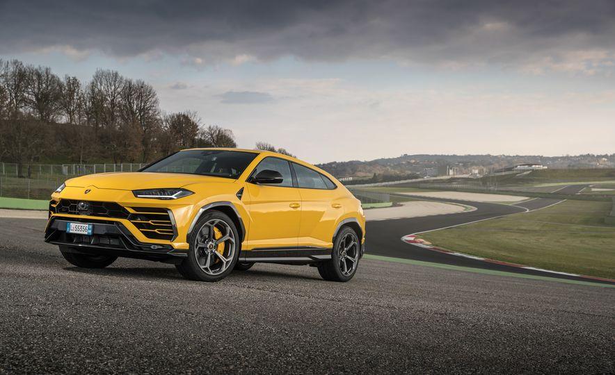 2019 Lamborghini Urus - Slide 42