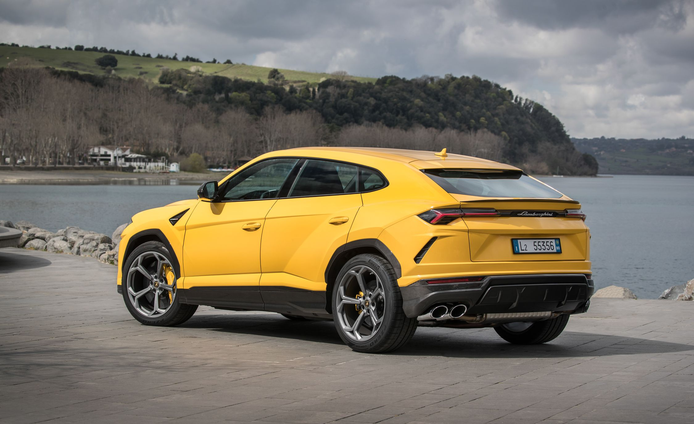 Lamborghini Urus Reviews | Lamborghini Urus Price, Photos, And Specs | Car  And Driver