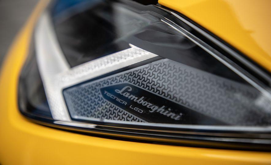 2019 Lamborghini Urus - Slide 48