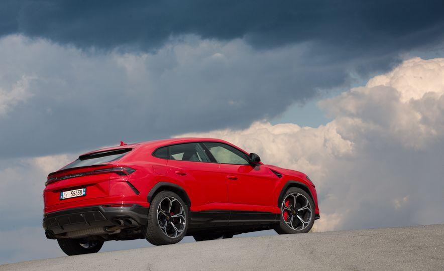 2019 Lamborghini Urus - Slide 59