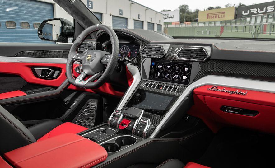 2019 Lamborghini Urus - Slide 65
