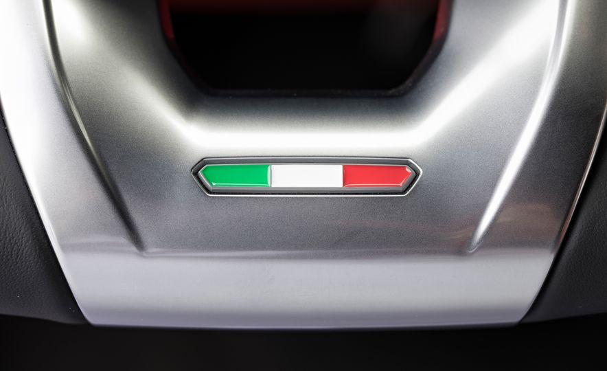2019 Lamborghini Urus - Slide 68