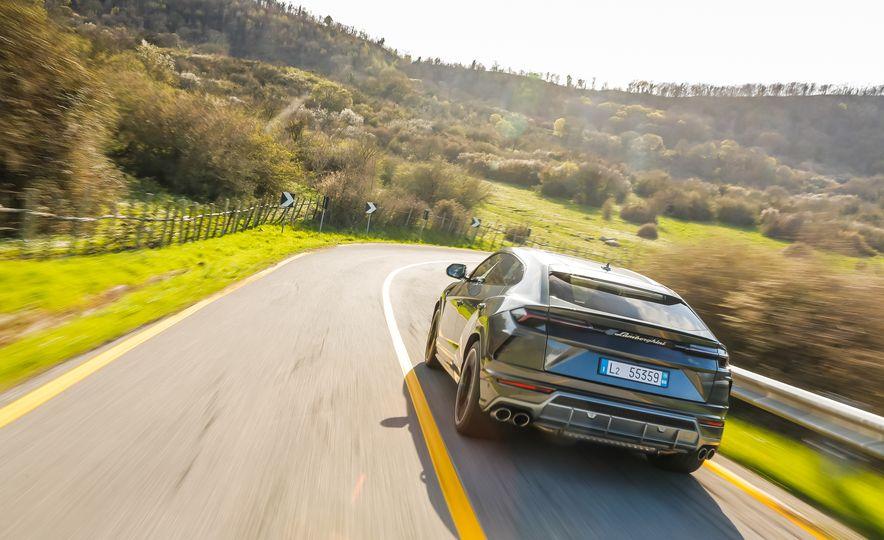 2019 Lamborghini Urus - Slide 86