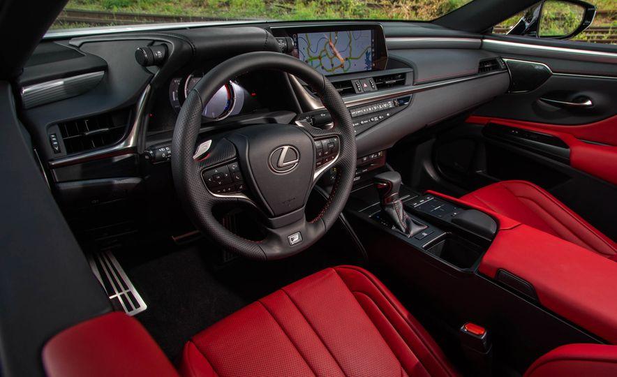 2019 Lexus ES300h - Slide 87