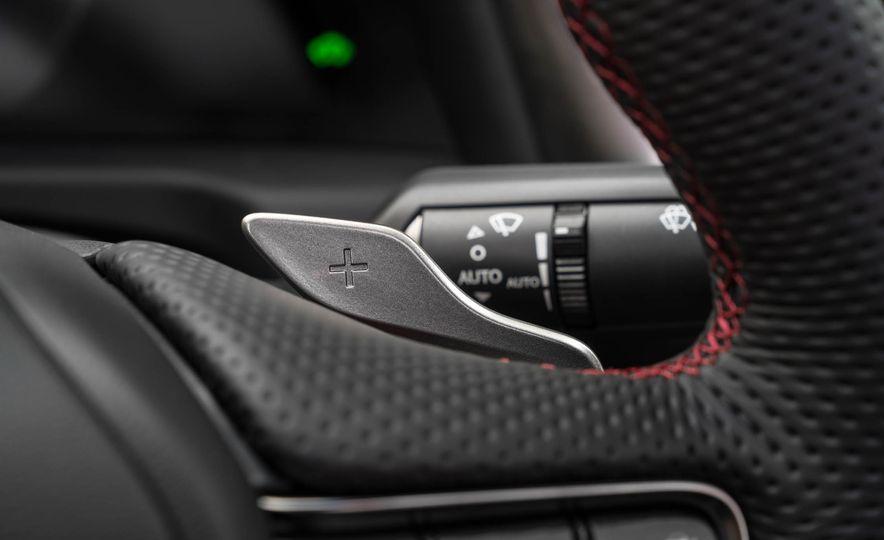 2019 Lexus ES300h - Slide 96