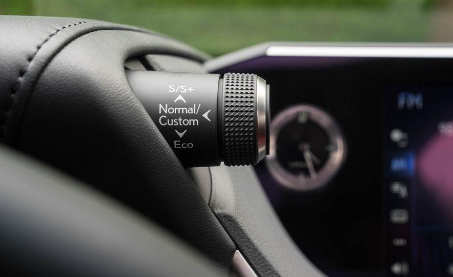 2019 Lexus ES300h - Slide 97