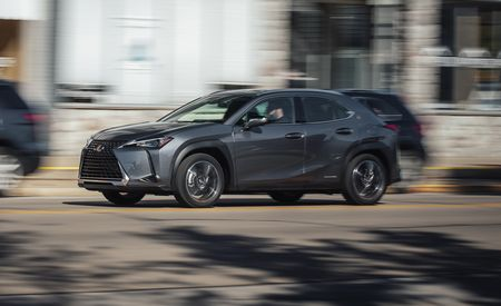 The 2019 Lexus UX250h Is a Pleasant Little Hybrid Crossover