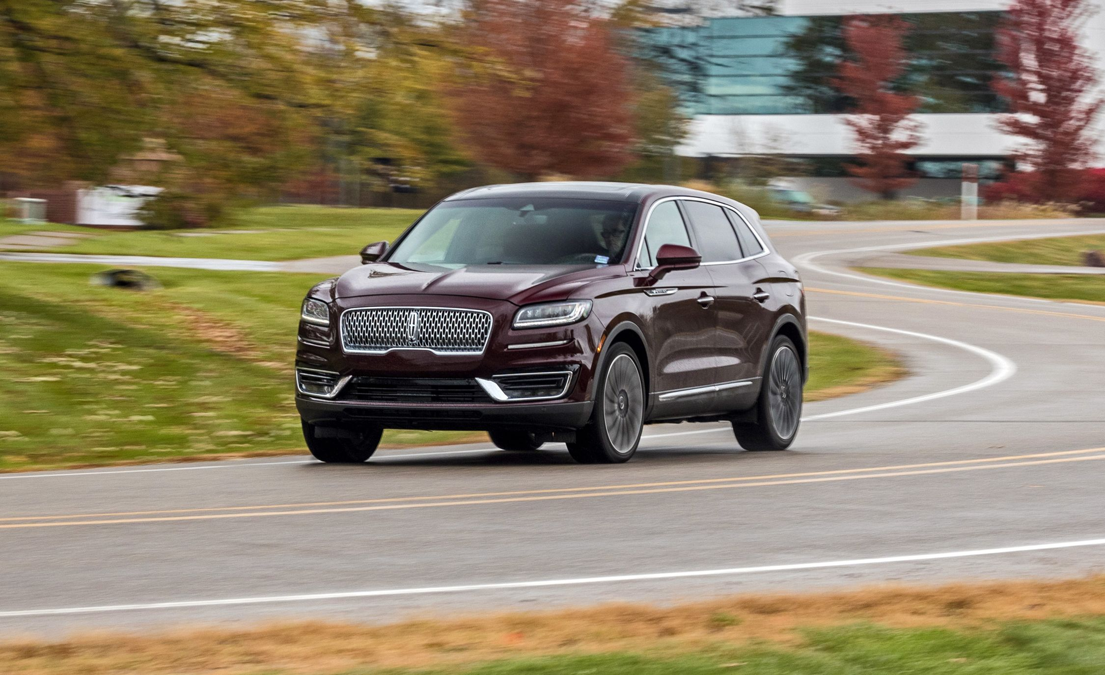 The 2019 Lincoln Nautilus Crossover Is A Renamed And Upgraded Mkx