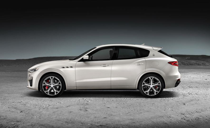 2019 Maserati V8 Levante GTS - Slide 10
