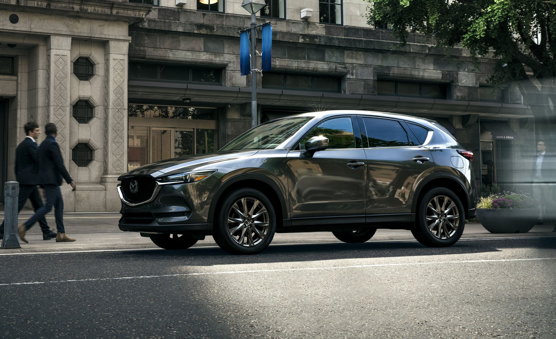 The 2019 Mazda CX-5 Gets More Luxurious, More Powerful, and More Expensive